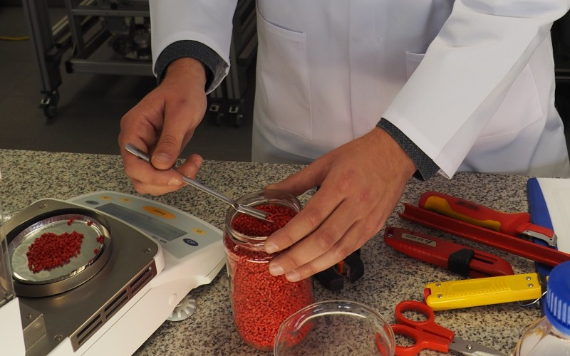 Laboratory, working with granules