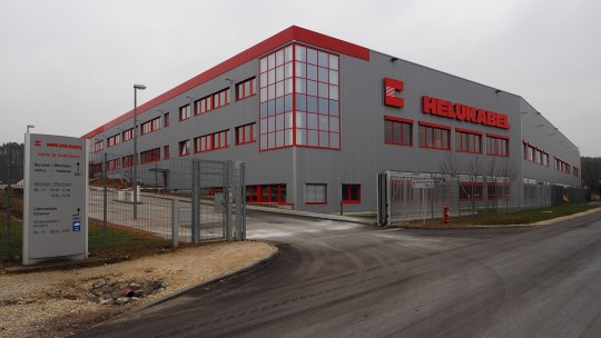 HELUKABEL production building in Windsbach from the outside